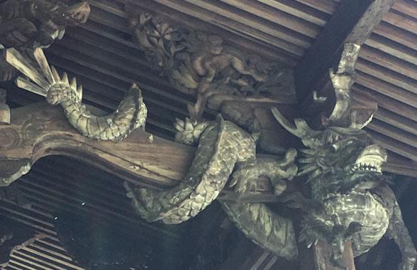 手力雄神社の龍